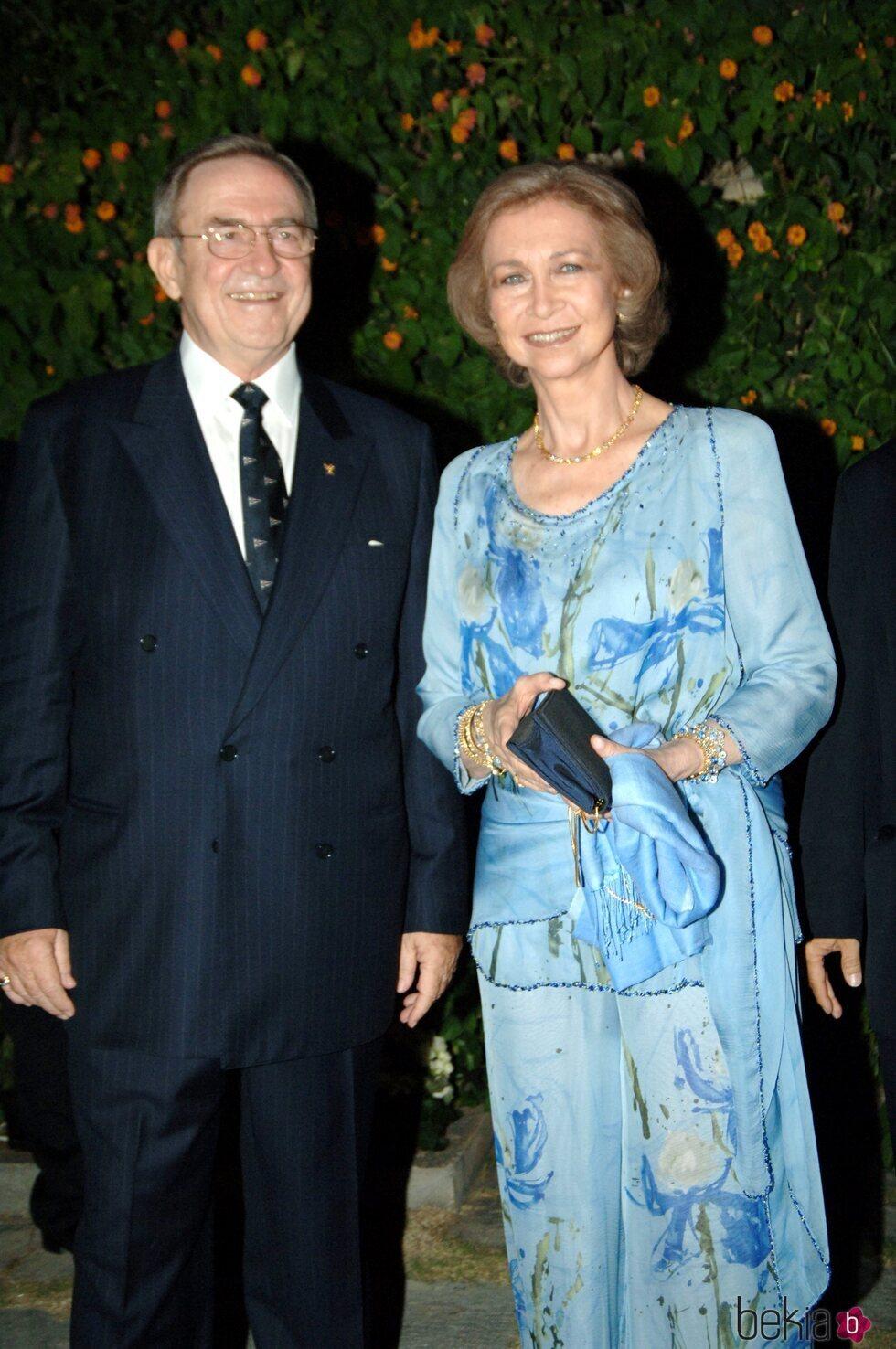 La Reina Sofía y Constantino de Grecia en una recepción por el bautizo de Odysseas de Grecia