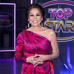 Isabel Pantoja, muy sonriente en el cuarto programa de 'Top Star'