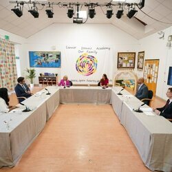 Kate Middleton y Jill Biden en una reunión con expertos en infancia en Cornualles