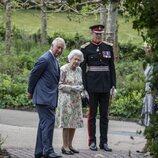 La Reina Isabel y el Príncipe Carlos en la cumbre del G7 en Cornualles