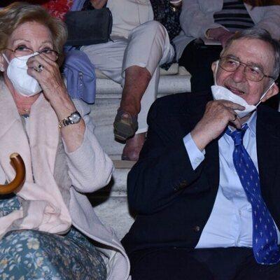 Constantino y Ana María de Grecia en un concierto en el Odeón de Herodes Atticus de Atenas