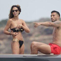 Tamara Gorro y Ezequiel Garay en Ibiza