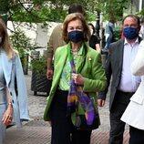 La Reina Sofía en Atenas haciendo compras