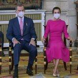 Los Reyes Felipe y Letizia junto a la Princesa Leonor y la Infanta Sofía en la imposición de condecoraciones de la Orden del Mérito Civil 2021