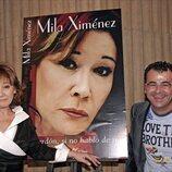 Mila Ximénez en la presentación de su libro junto a Jorge Javier Vázquez