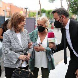 María Teresa Campos y Carmen Borrego llegan a la capilla ardiente de Mila Ximénez