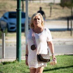 Carmen Borrego llegando al Hipódromo de La Zarzuela