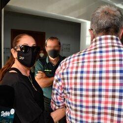 Isabel Pantoja entra en los Juzgados junto a Agustín Pantoja para declarar