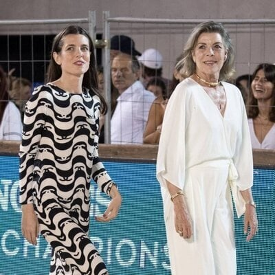 Carolina de Mónaco y Carlota Casiraghi en el Concurso de Saltos de Monte-Carlo 2021