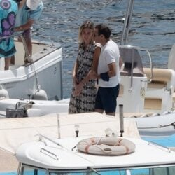 Enrique Ponce y Ana Soria en el puerto de Almería