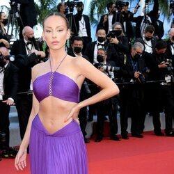 Ester Expósito en la alfombra roja del Festival de Cannes 2021