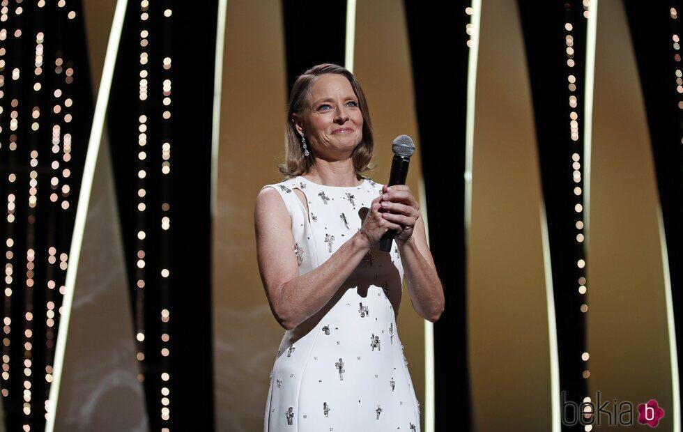 Jodie Foster, emocionada tras recibir su Palma de Oro en el Festival de Cannes 2021