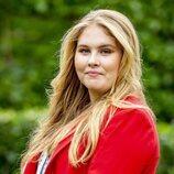 La Princesa Amalia de Holanda en el posado de verano 2021