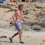 Ernesto de Hannover en bañador en Formentera