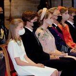 Felipe y Matilde de Bélgica con sus cuatro hijos en el Te Deum por el Día Nacional de Bélgica 2021