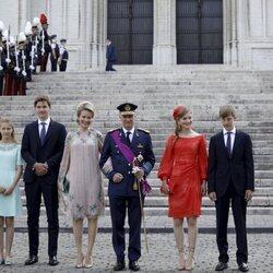 Felipe y Matilde de Bélgica con sus hijos Isabel, Gabriel, Emmanuel y Leonor de Bélgica en el Día Nacional de Bélgica 2021