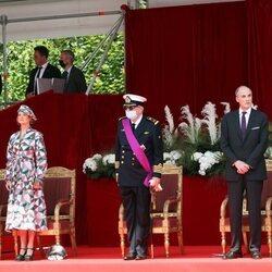 Astrid y Lorenzo de Bélgica, Laurent de Bélgica, Delphine de Bélgica y James O'Hare en el Día Nacional de Bélgica 2021