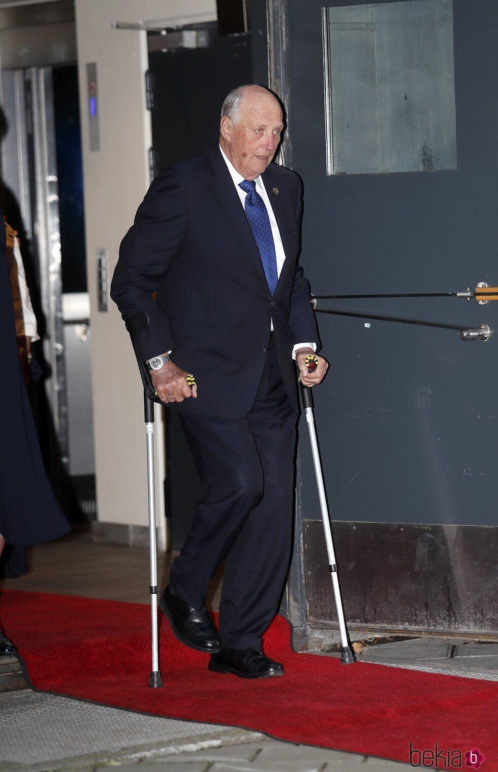 Harald de Noruega en el homenaje nacional por el décimo aniversario de los atentados de Oslo y Utøya