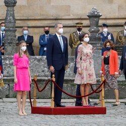 Los Reyes Felipe y Letizia con la Princesa Leonor y la Infanta Sofía en el acto de Ofrenda al Apóstol