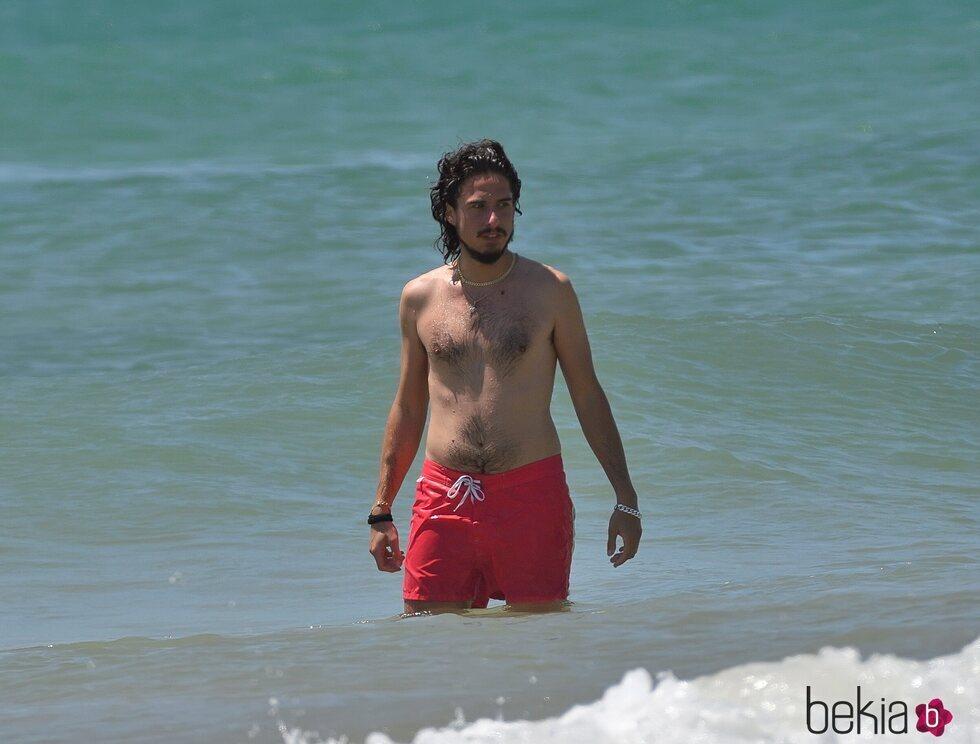 Kiki Morente disfrutando de las playas de Cádiz