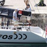El Rey Felipe a bordo del Aifos antes de la Copa del Rey de Vela 2021