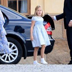 Leonor de Suecia a su llegada al bautizo de Julian de Suecia
