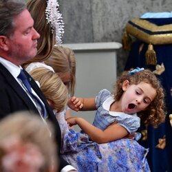 Chris O'Neill y Adrienne de Suecia en el bautizo de Julian de Suecia