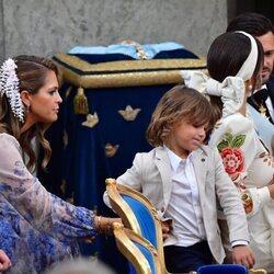Magdalena de Suecia y Alejandro de Suecia en el bautizo de Julian de Suecia