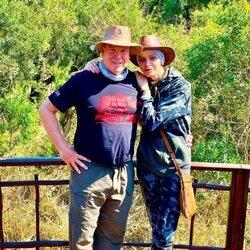 Charlene de Mónaco y Alberto de Mónaco, como dos aventureros muy cariñosos