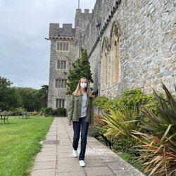 La Princesa Leonor pasea por los jardines del internado UWC Atlantic College de Gales