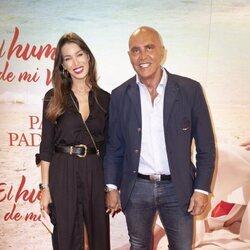 Kiko Matamoros y Marta López en el estreno de la obra de teatro 'El humor de mi vida'