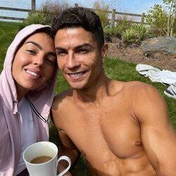 Georgina Rodríguez y Cristiano Ronaldo se instalan en Manchester