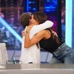 Pilar Rubio y Pablo Motos fundidos en un abrazo en 'El Hormiguero'
