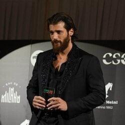 Can Yaman, galardonado con su Filming Italy Best Movie Award en el Festival de Venecia 2021
