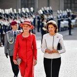 Silvia de Suecia y Elke Büdenbender al comienzo de la Visita de Estado del Presidente de Alemania y su esposa a Suecia