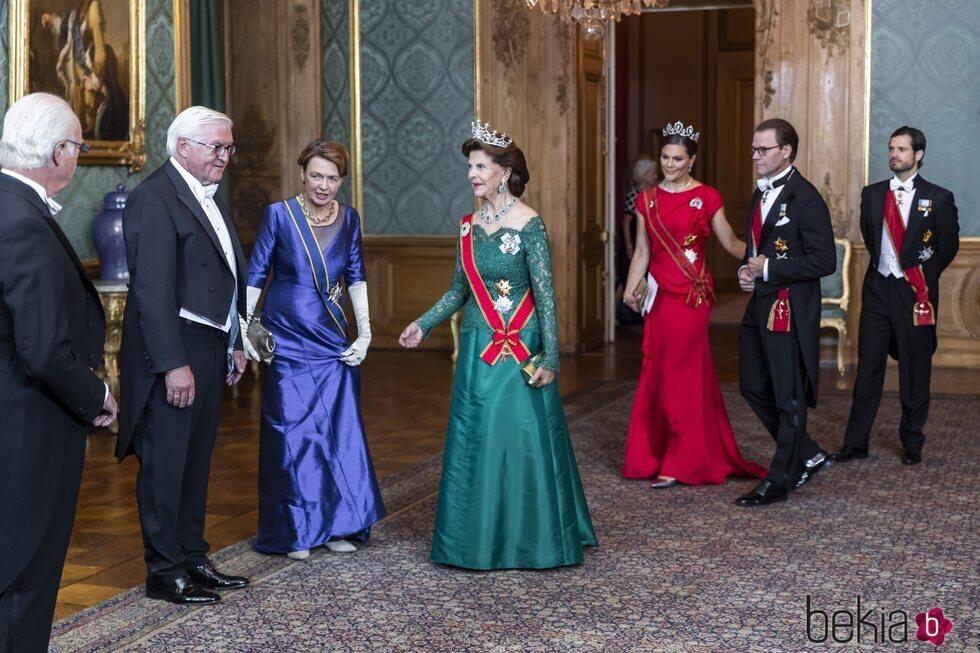 La Familia Real Sueca con Frank-Walter Steinmeier y Elke Büdenbender en la cena de gala por la Visita de Estado del Presidente de Alemania y su esposa a Su