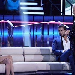 Jorge Javier Vázquez, Alejandra Rubio y Gianmarco Onestini durante la primera gala de 'Secret Story'