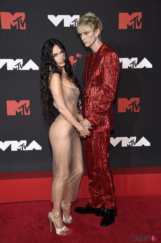 Megan Fox y Machine Gun Kelly en los MTV VMAs 2021