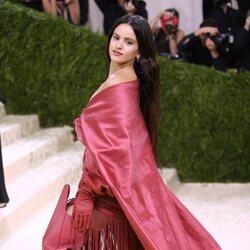 Rosalía en la alfombra roja de la MET Gala 2021