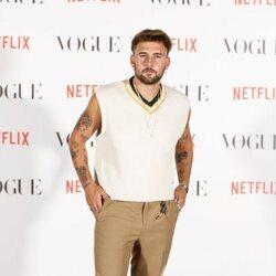 Dani Fernández en el photocall de Vogue Fashion Night Out 2021