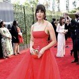 Mandy Moore en la alfombra roja de los Emmy 2021