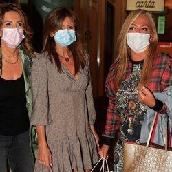 Laura Fa, Gema López y Belén Esteban en la despedida de soltera de Anabel Pantoja