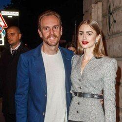 Lily Collins y Charlie McDowell en una fiesta de Cartier en Berlín