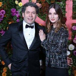 María Valverde con Gustavo Dudamel en su debut como director en la ópera Garnier de París