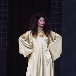 Posado de Ela Ruiz como protagonista de 'Ghost'