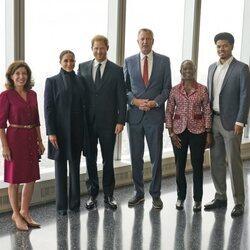 El Príncipe Harry y Meghan Markle con la Gobernadora del Estado de Nueva York y el Alcalde de Nueva York, su mujer y su hijo