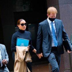 El Príncipe Harry y Meghan Markle tras su reunión con la Embajadora de Estados Unidos ante la ONU