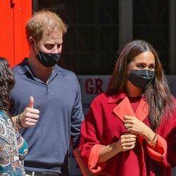 Los Duques de Sussex a su llegada a una escuela en Nueva York