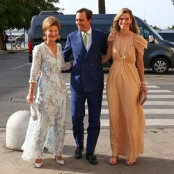 Margarita de Luxemburgo, Maria Anunciata de Liechtenstein y Emanuele Musini en la boda de Marie Astrid de Liechtenstein y Ralph Worthington