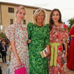Chantal Hochuli con sus nueras Ekaterina de Hannover y Sassa de Osma en la boda de Marie Astrid de Liechtenstein y Ralph Worthington